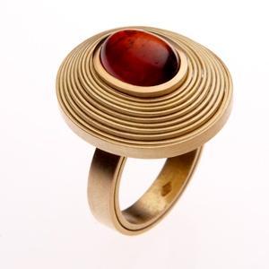 ring by world luxury jeweller Daisy Verheyden