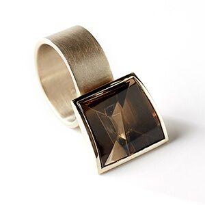 Smoky ring by jeweller Rembrandt Jordan