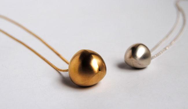 necklaces by jewellery designer Gerhild Kirchner
