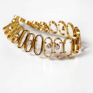 bracelet by jewellery designer Gerhild Kirchner