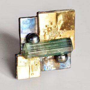 brooch by jewellery designer Martin Spreng