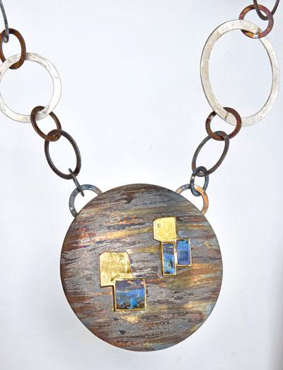 necklace by jewellery designer Martin Spreng