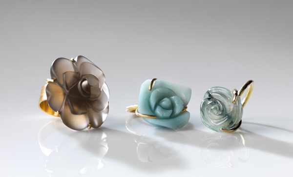 ring set by world luxury jeweller Marie-Bénédicte